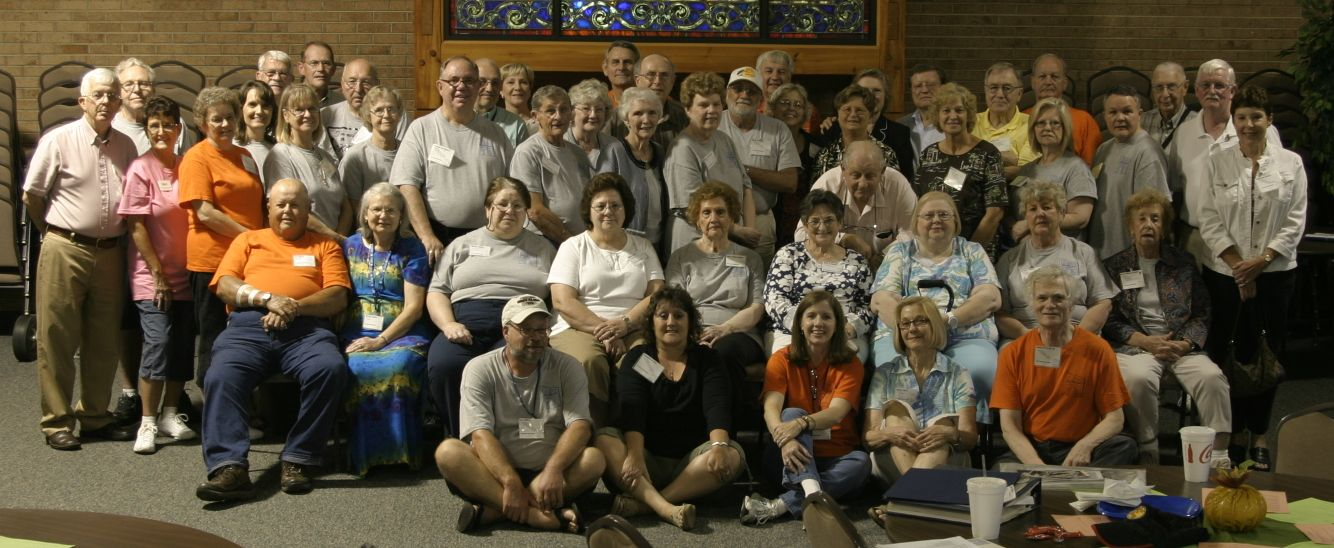 2011 Saturday Reunion group picture.